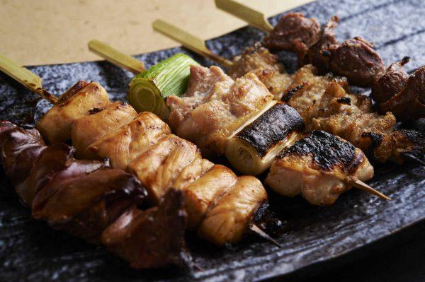新宿の居酒屋で名物料理